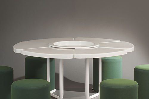Table_poufs_lionel_morgaine__sentou_9_web.jpg