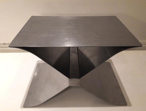 2_tabouret_francois_monnet_inox_cuir_Edition_Kappa_1970_design_meubles_et_lumieres.jpg