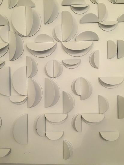 2_Michel_Deverne_etoile_eclatee_Sculpture_murale_galerie_meubles_et_lumieres.jpg