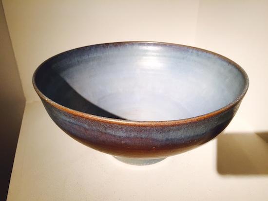 2_baudart_ceramique_bol_marron_bleu_design_vallauris_meublesetlumieres.jpg