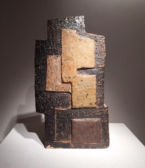 1_sculpture_en_ceramique_Joulia_galerie_meubles_et_lumieres.jpg