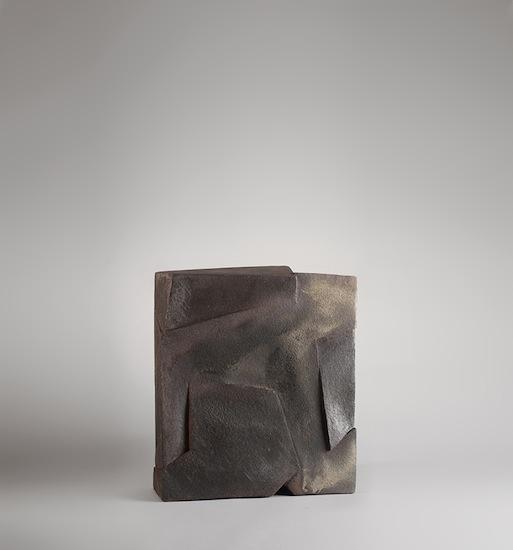 1_ceramique_moser_gres_modelage_decoration_design_meublesetlumieres_carreautre.jpg