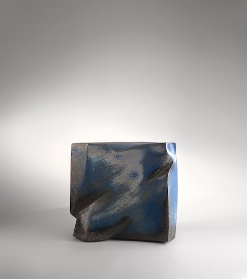 1_ceramique_moser_gres_modelage_decoration_design_meublesetlumieres_carrebleu.jpg