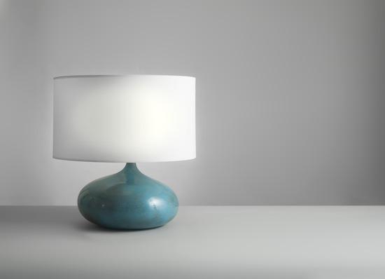 1_lampe_ceramique_bleu_ruelland_design_meublesetlumieres_pad.jpg