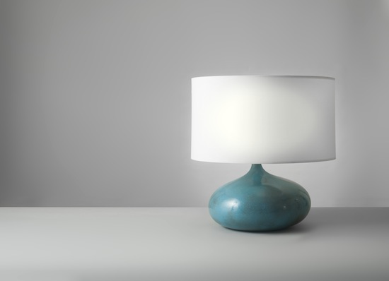 2_lampe_ceramique_bleu_ruelland_design_meublesetlumieres_pad.jpg